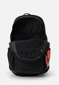 Nike Sportswear - UNISEX - Rucksack - black/black/white - 2