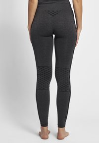 Hummel - CLASSIC BEE CI SEAMLESS - Tights - black melange - 2