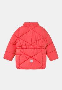 Name it - NMFMILTON PUFFER CAMP - Abrigo de invierno - neon pink - 2