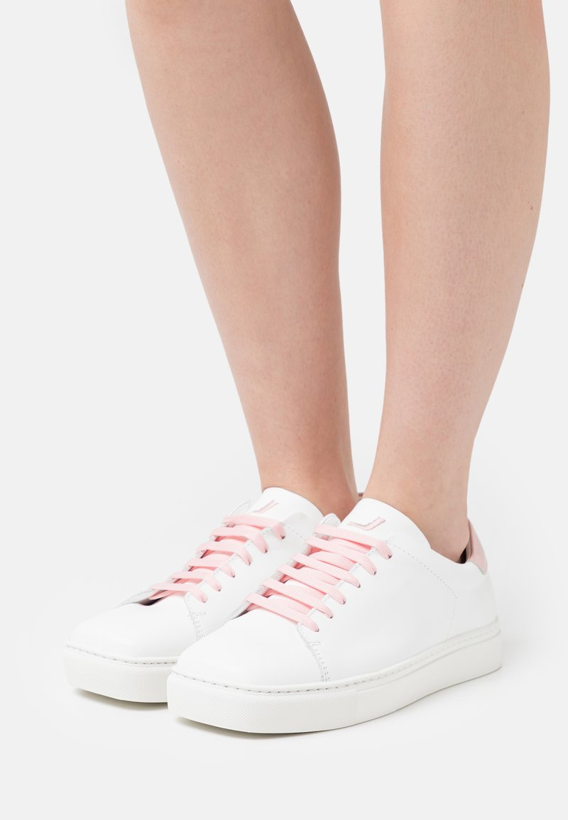 Joshua Sanders - SQUARED SHOES - Trainers - pink