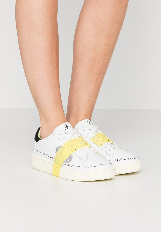 GRAND MASTER GLITTER - Sneakers laag - white/yellow glitter