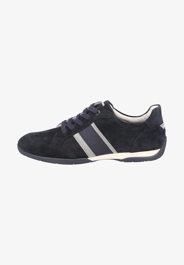 Sneakers laag - pilot platin blue
