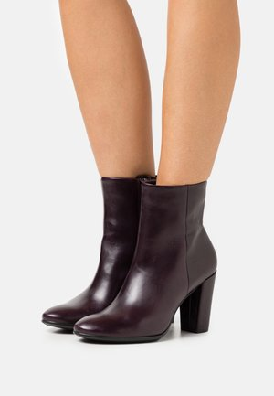 SHAPE BLOCK - High heeled ankle boots - fig roxy