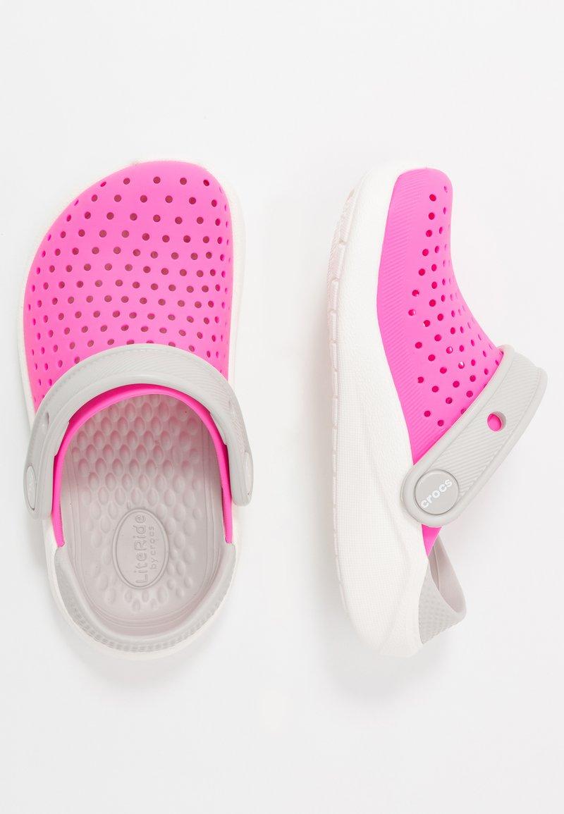 Crocs - LITERIDE UNISEX - Pool slides - electric pink/white