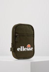 Ellesse - TEMPLETON - Across body bag - khaki - 3