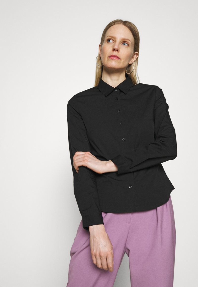 Marks & Spencer London - FITTED SHIRT - Button-down blouse - black
