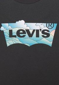 Levi's® Plus - PERFECT TEE - Print T-shirt - tbd55 - 5