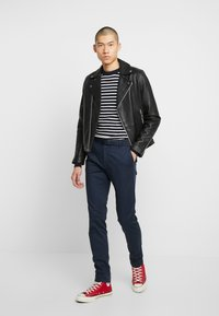 Scotch & Soda - STUART - Chinot - navy - 1