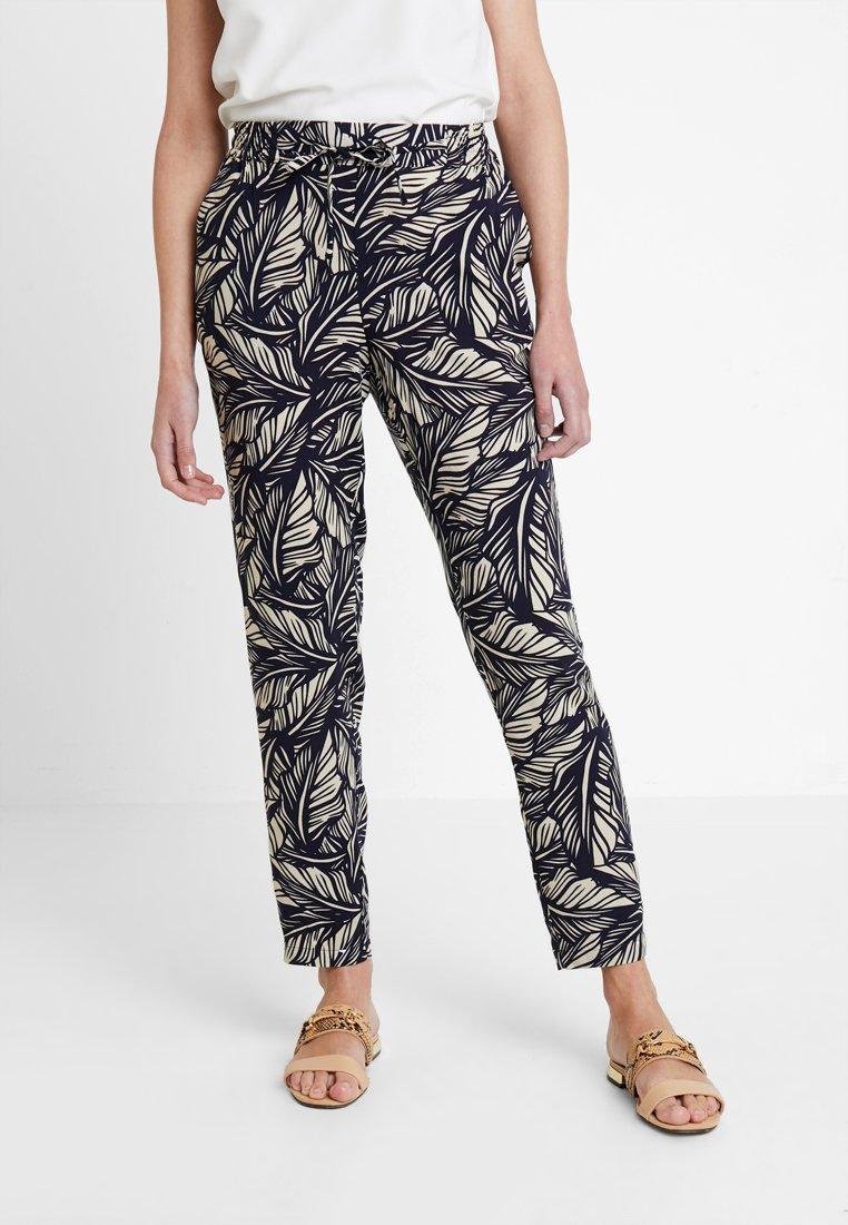 Vero Moda - VMSIMPLY EASY PANT - Trousers - night sky/litas