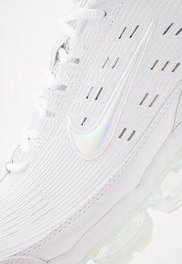 Nike Sportswear - AIR VAPORMAX 360 - Zapatillas - white/reflect silver/black/metallic silver - 7