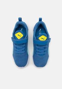 Puma - FLYER RUNNER UNISEX - Neutral running shoes - star sapphire/blue - 3