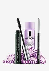 Clinique - HIGH IMPACT FAVOURITES - Makeup set - - - 1