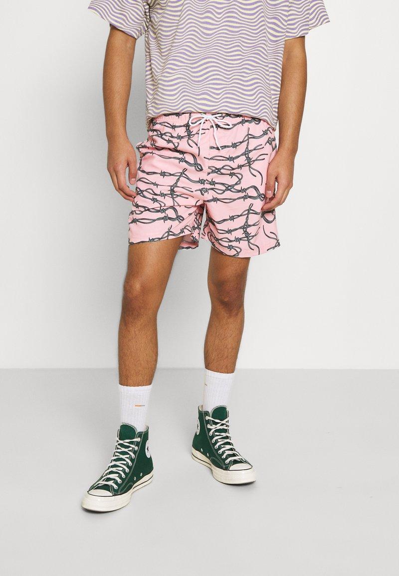 Santa Cruz - BARBED - Shorts - pink