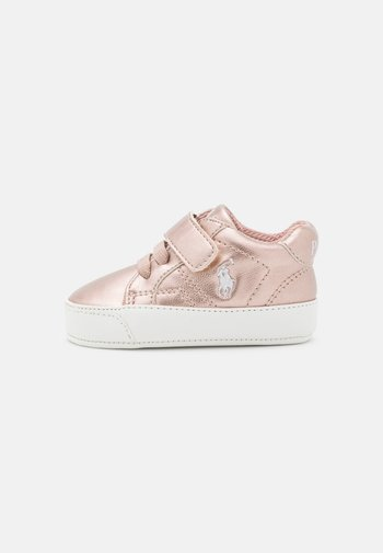 THERON LAYETTE - First shoes - rose metallic/paperwhite