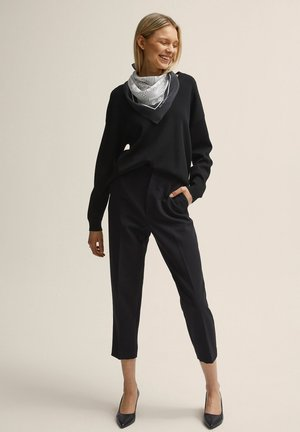 BONNIE - Trousers - black