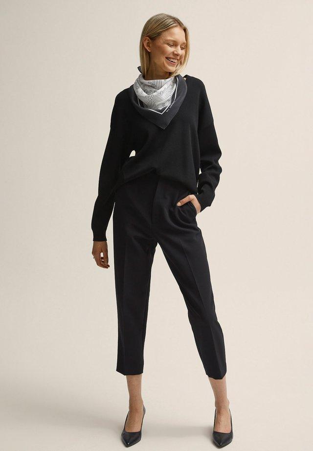 BONNIE - Pantalon classique - black