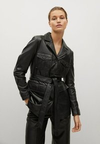 Mango - BETA-I - Short coat - noir - 0