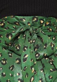 Never Fully Dressed - LEOPARD JASPRE SKIRT - Wrap skirt - green - 5