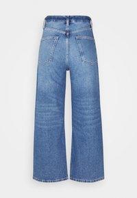 Even&Odd - Wide Leg Cropped jeans - Straight leg jeans - blue denim - 7
