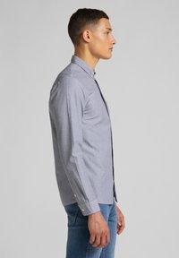 Lee - Shirt - cloudburst grey - 3