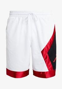 Jordan - JUMPMAN DIAMOND SHORT - Sports shorts - white/gym red/black - 4