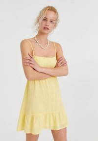 PULL&BEAR - Day dress - yellow - 0
