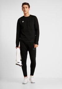 MOROTAI - NKMR NEO - Sweatshirt - black - 1