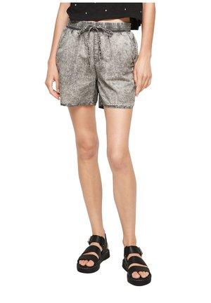 REGULAR - Denim shorts - grey