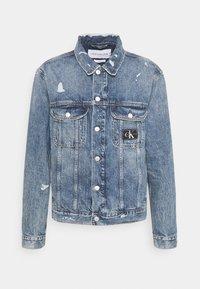Calvin Klein Jeans - REGULAR JACKET - Spijkerjas - light blue - 3