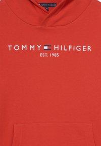 Tommy Hilfiger - ESSENTIAL HOODIE - Hoodie - red - 4