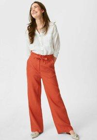 C&A - Pantalones - dark orange - 1