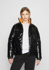 Karl Kani - OG GLOSSY PUFFER JACKET  - Winter jacket - black - 0