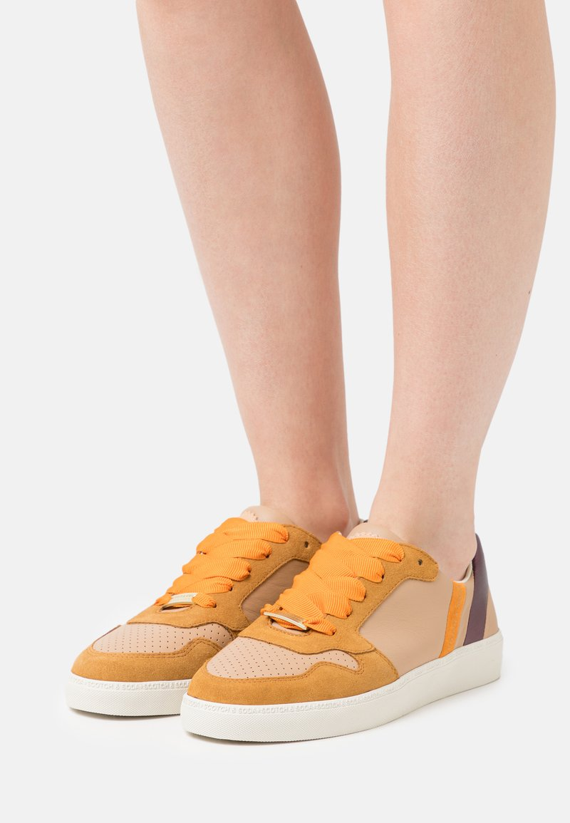 Scotch & Soda - LAURITE - Sneakers laag - braun
