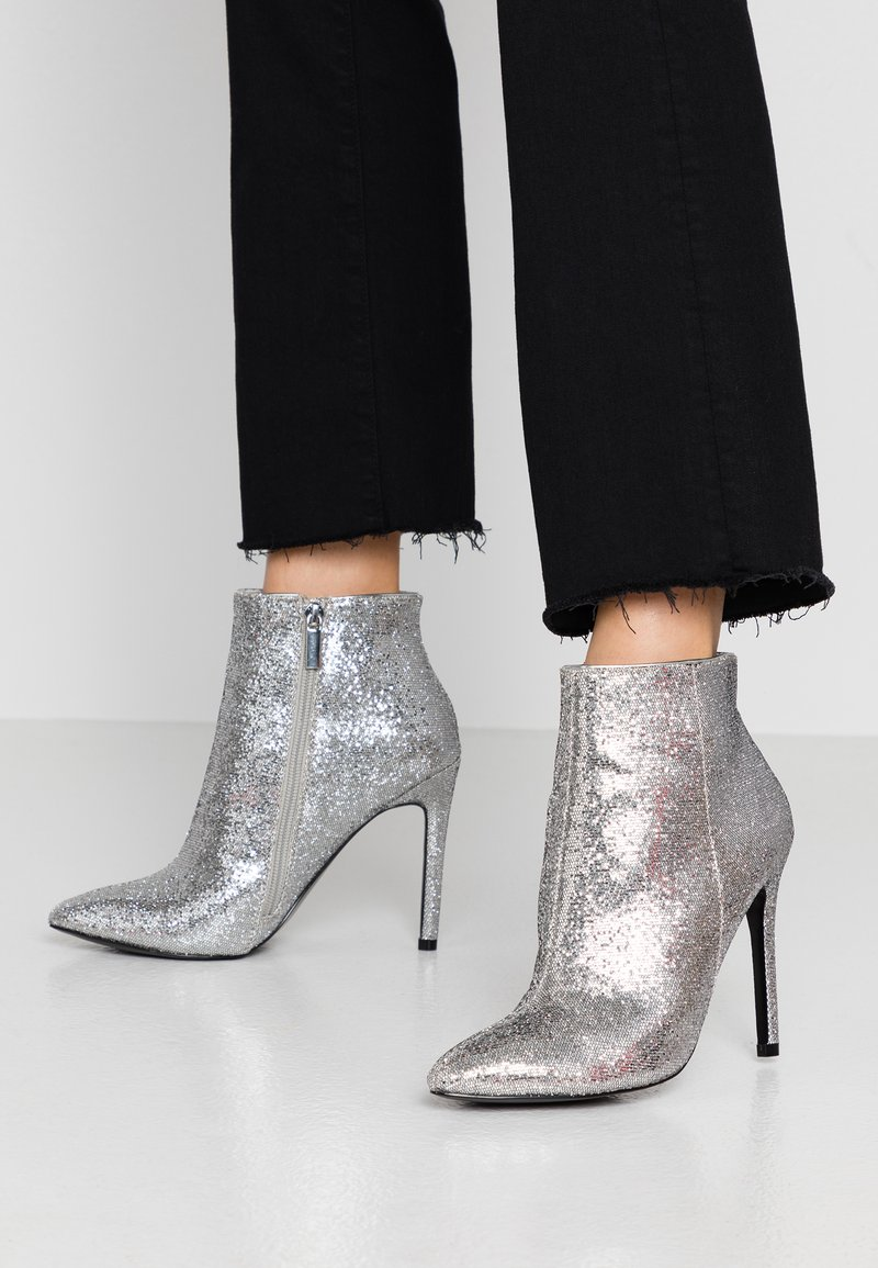 Even&Odd - High heeled ankle boots - silver