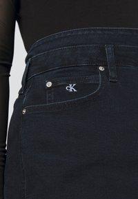 Calvin Klein Jeans Plus - HIGH RISE MINI SKIRT - Mini skirt - black denim - 3