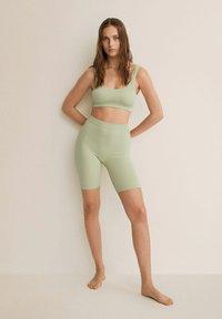 Mango - Shorts - vert menthe - 1