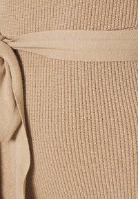 Never Fully Dressed - COLD SHOULDER DRESS - Jumper dress - camel - 2