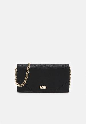 STONE WALLET ON CHAIN - Wallet - black