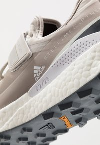 adidas by Stella McCartney - OUTDOOR BOOST - Neutral running shoes - light brown/footwear white - 5
