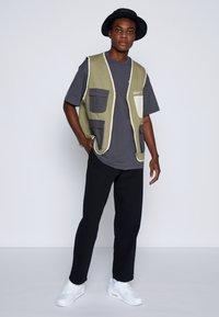 Dr.Denim - JAY PANT - Straight leg jeans - black - 1