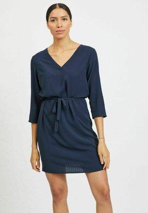 Vapaa-ajan mekko - navy blazer