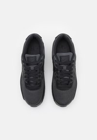Nike Sportswear - AIR MAX 90 - Matalavartiset tennarit - black/dark smoke grey - 3