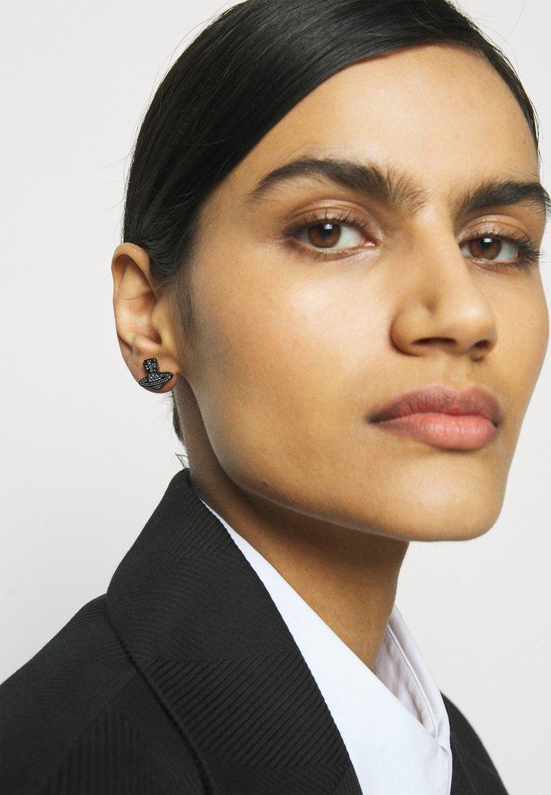 Vivienne Westwood - ROMINA PAVE ORB EARRINGS - Earrings - gunmetal/blue