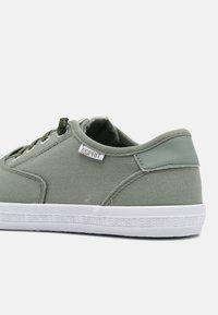 Esprit - NITA - Sneakers laag - light green - 5