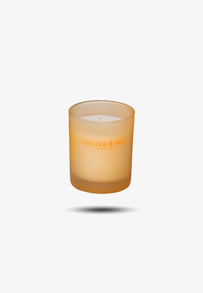 Atelier Rebul - MANDARINE SCENTED CANDLE 140G - Scented candle - orange
