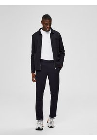 Selected Homme - FLEX FIT HOSE SLIM FIT - Chinos - dark sapphire - 1