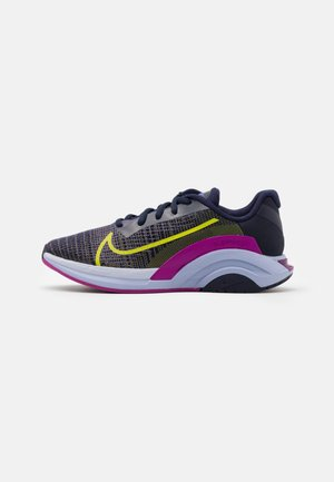 ZOOMX SUPERREP SURGE - Scarpe da fitness - blackened blue/cyber red plum/ghost/sapphire