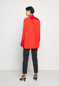 Mulberry - ADELINE BLOUSE - Button-down blouse - bride red - 2