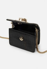DKNY - ELISSA MICRO MINI CROCO XBODY - Across body bag - black/gold - 2