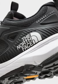 The North Face - W ULTRA FASTPACK IV FUTURELIGHT - Outdoorschoenen - black/white - 4